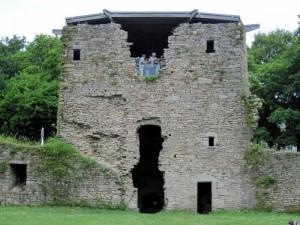 chateau (32a)