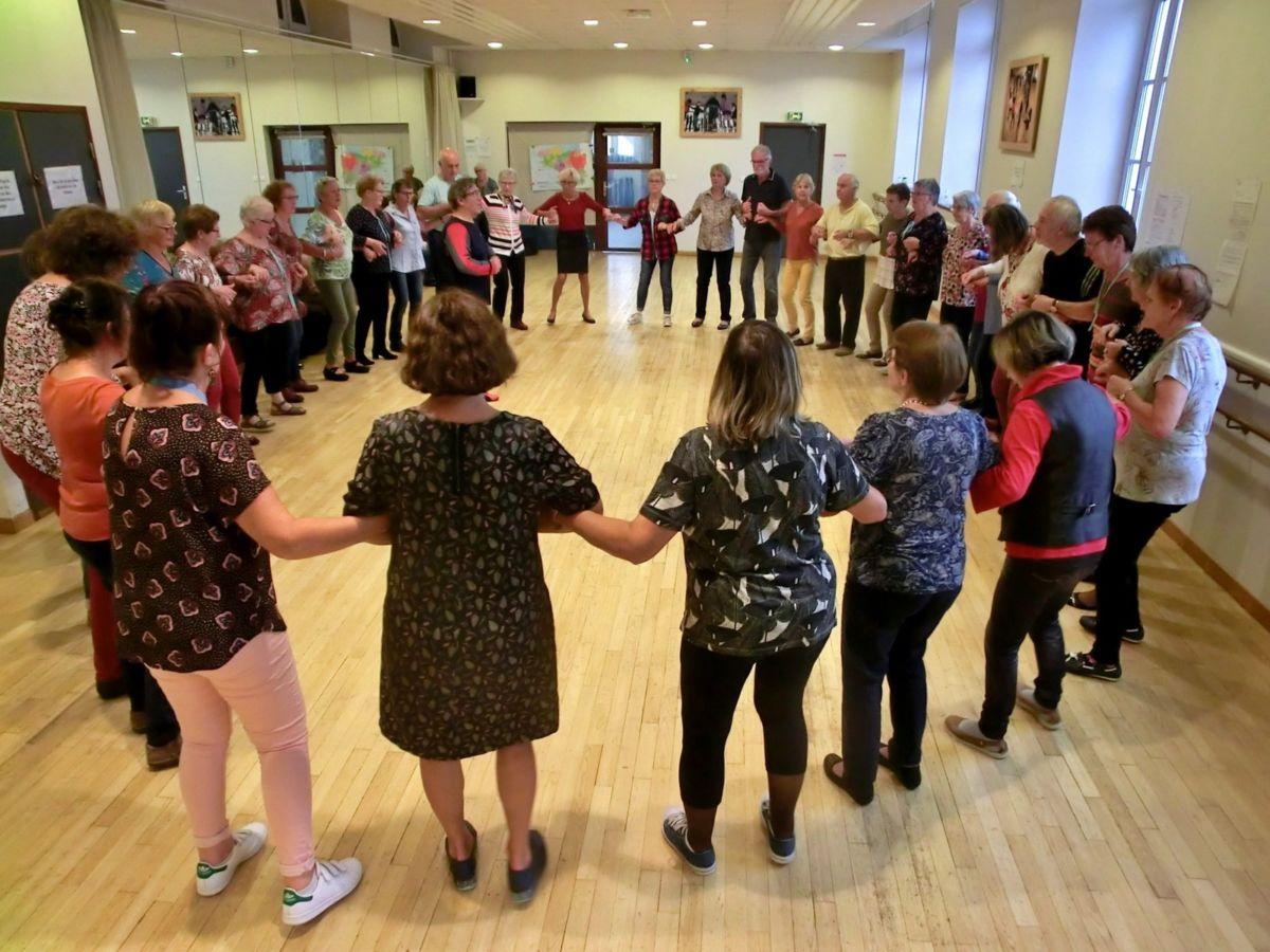 2019 Danse bretonne diaporama n°1 (1) (1) (1)